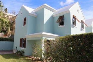 Crisson Real Estate Property Search in HM 20 - Turnkey Starter Home Close to Hamilton, Pembroke, Bermuda
