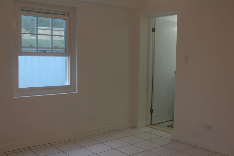 'Donwilmaud', 53 Middle Road - Smith's -