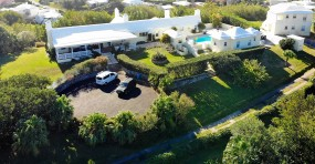 Crisson Real Estate Property Search in FL02 - 12 Hinson Lane, Smith's, Bermuda