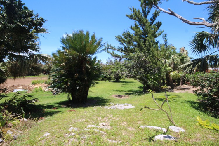 'The Old Post Office' 77 Mangrove Bay Road - Somerset -