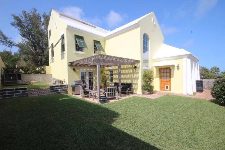 Luxury Executive Town Home, Whaleview - Southampton -