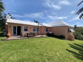 Crisson Real Estate Property Search in DV07 - Fledgling/18 Melville Road, Melville Estate, Devonshire, Bermuda