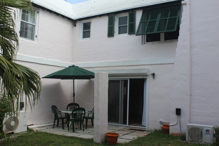3 Buggy Whip Hill - Southampton -